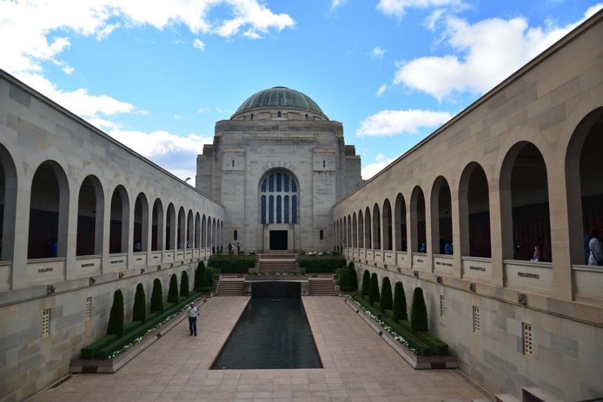 war-memorial-288327_960_720.jpg